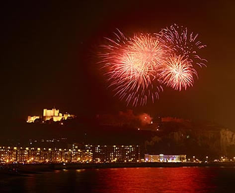 2012 Olympic Ceremony Fireworks over Dover Castle by Alan Duncan - commercial photographer in Kent