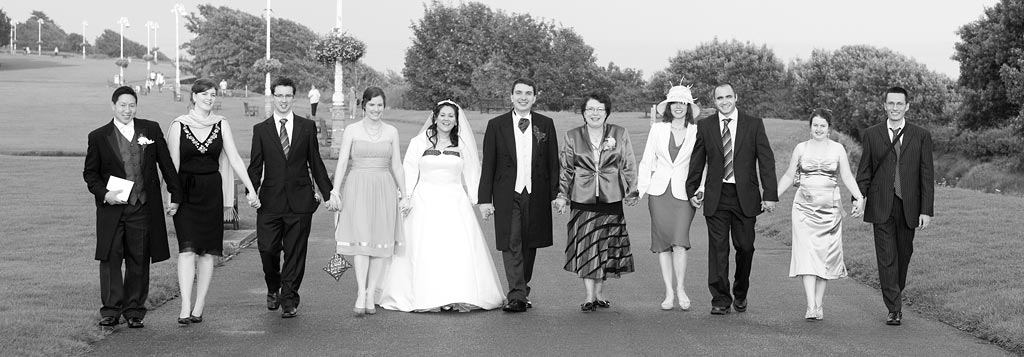 the famous Folkestone promenade, The Leas by Kent wedding photographer, Alan Duncan